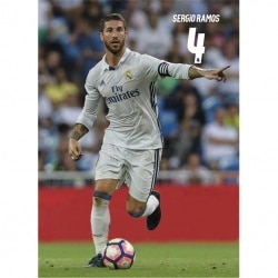 Postal Real Madrid 2016/2017 Sergio Ramos Accion
