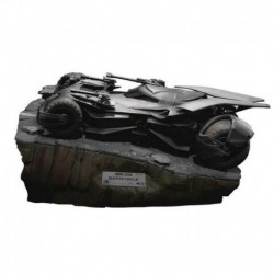 Figura Dc Justice League Master Craft Batmobile